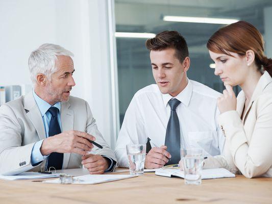 Régler un problème avec un membre de votre entreprise